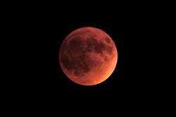 LUNAR ECLIPSE NEAR TOTALITY